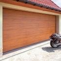 Brama garażowa segmentowa 2500 na 2125 kolor Złoty Dąb